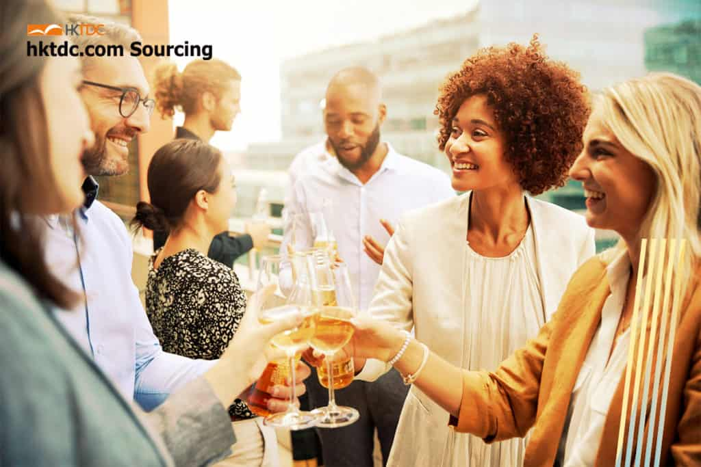 4 Techniques To Make Your Business Stand Out At Networking Events