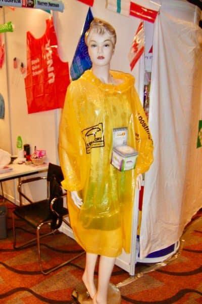 Disposable Raincoat _HKTDC